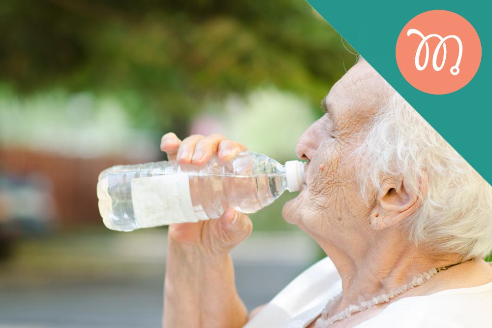 Idoso hidratado