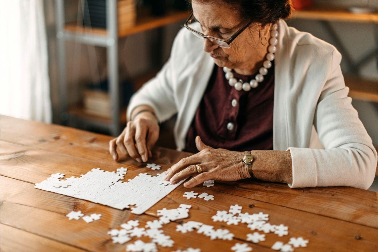 6 práticas para estimular o desempenho cognitivo de idosos