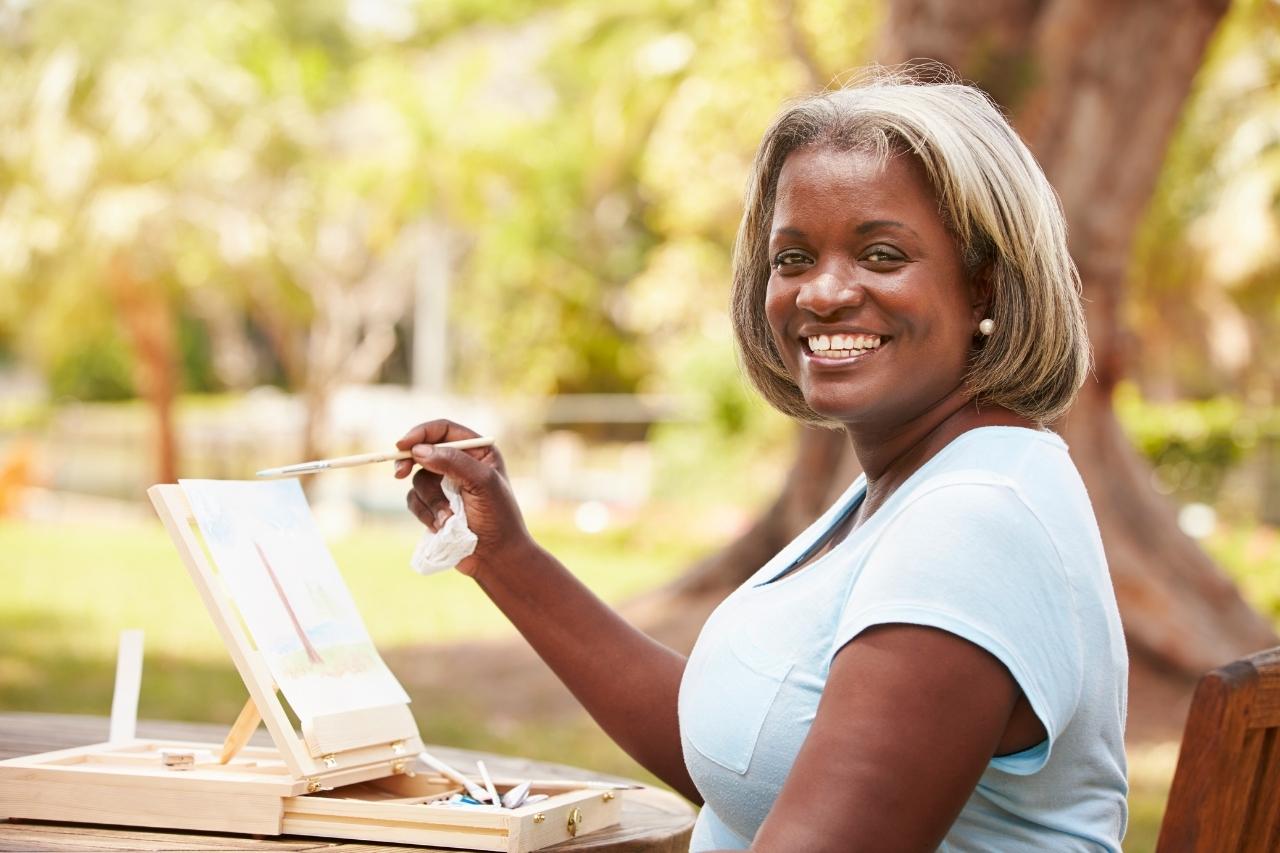 Arte na terceira idade: conheça os benefícios!