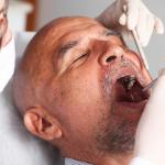 Saúde bucal na terceira idade: como cuidar?
