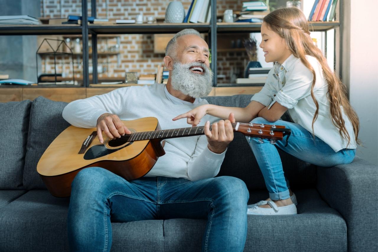 Envelhecer cantando: conheça os benefícios